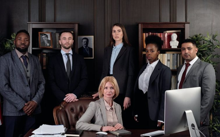 8 Tips for Picking the Right Attorney