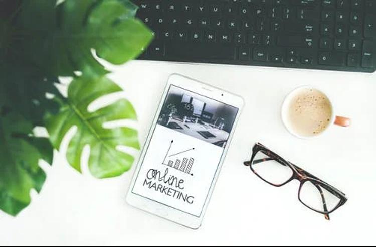develop a strong website