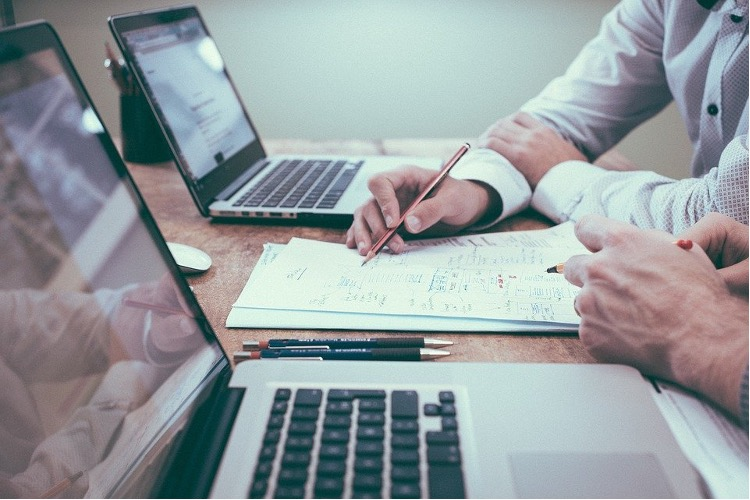 4 business management tools you can benefit from